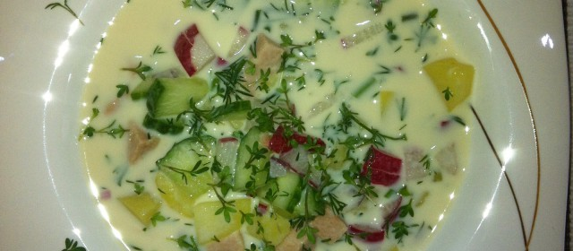 Akroschka (Sommer-Suppe)
